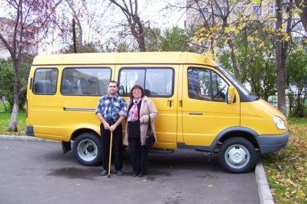 Автобус «ГАЗель» с подъемником.